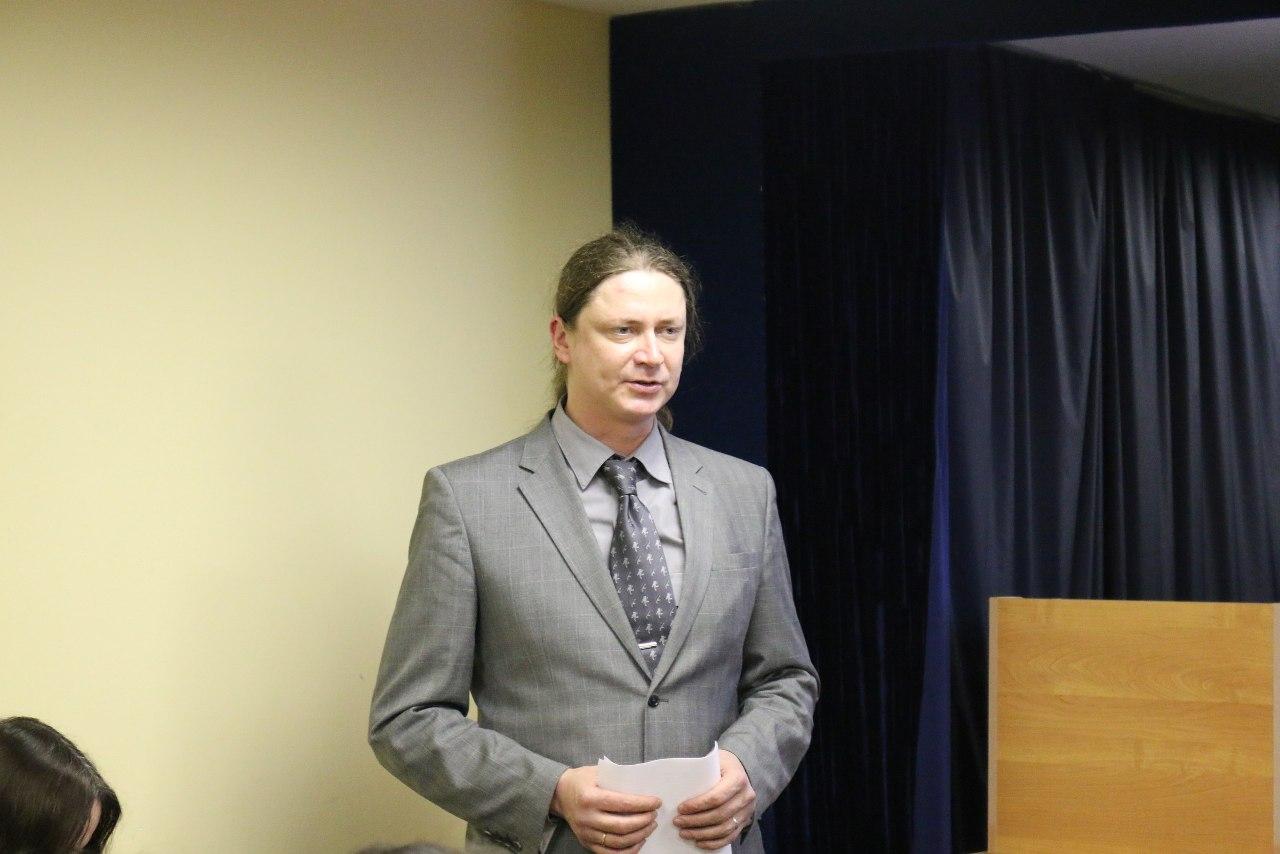 Николай Владимирович Захаров