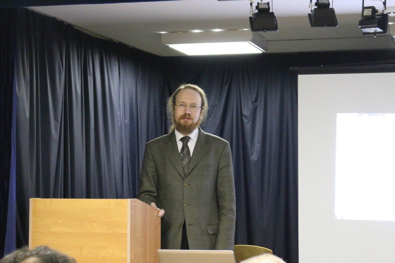 Алексей Валерьевич Аксенов