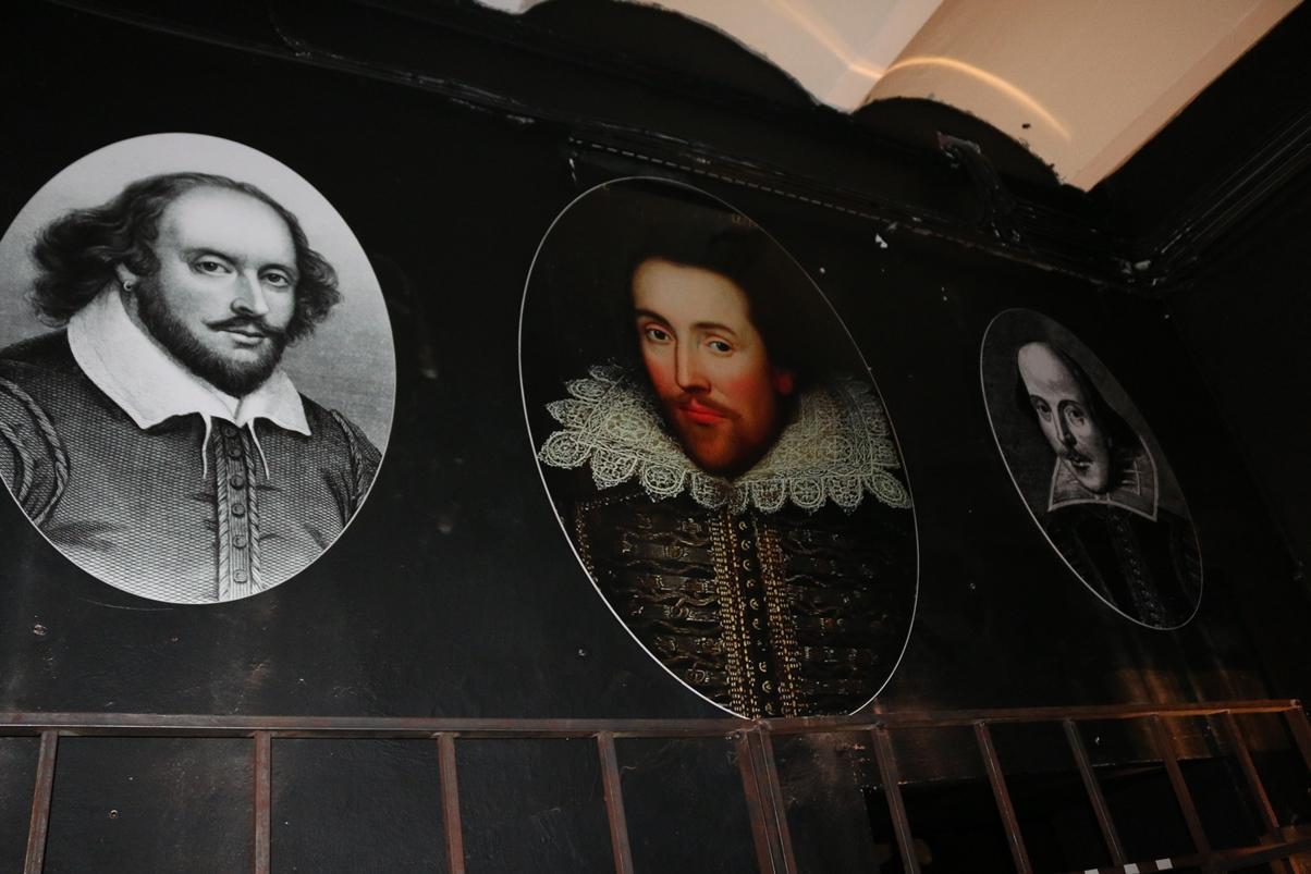 Выставка «Шекспир/тайна/400»: мыльный пузырь «шекспировского вопроса»