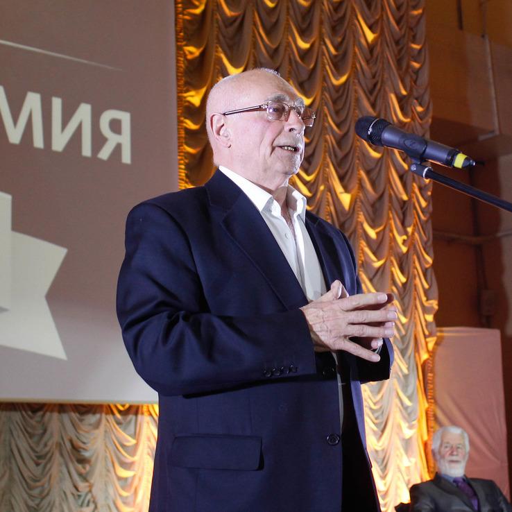Геннадий Николаевич Бочаров