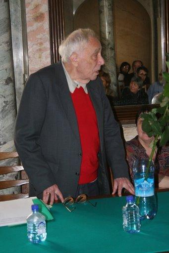 историк литературы и искусства, текстолог, составитель полного собрания сочинений Б. Пастернака Е. Б. Пастернак